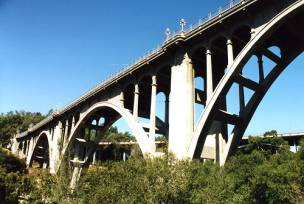 The Real Colorado Street Bridge in Pasadena
