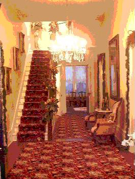hallway-of-magnolia-manor