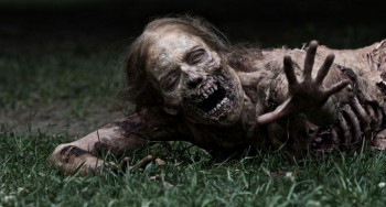 the-walking-dead-tv-bicycle-girl