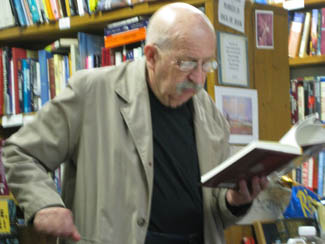 Gene Wolfe, April 2011, Top Shelf Books Open Mic