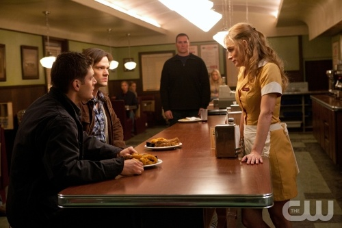 Sam and Dean have a chat with Eve, who decides to take the form of their dead mother.