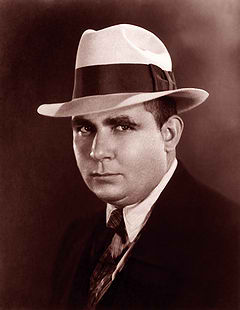 240px-robert_e_howard_suit