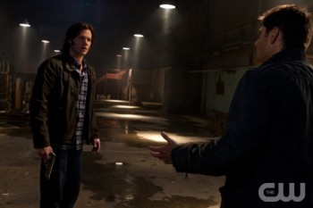 Dean tries to help Sam deal with his hallucinations.