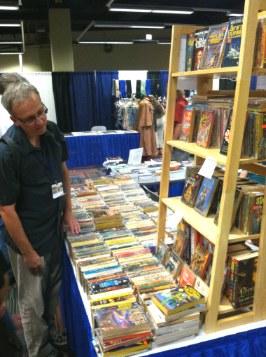 Shopping for vintage science fiction and fantasy at the Black Gate booth