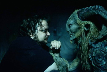 Guillermo-del-Toro-on-the-set-of-Pan's-Labyrinth