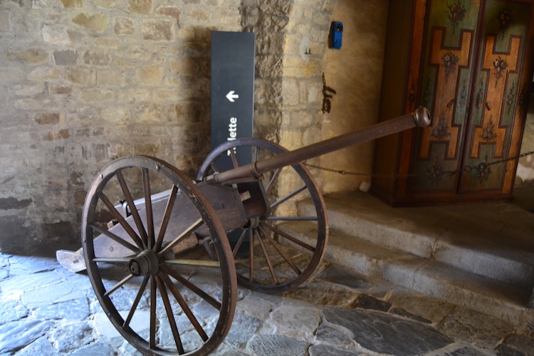 This popgun on wheels is a Colubrina from 16th century Venice.