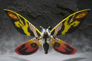 SH-Monsterarts-Mothra-4