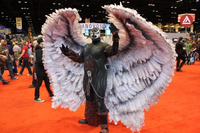 c2e2 cosplay 2014 wings-large