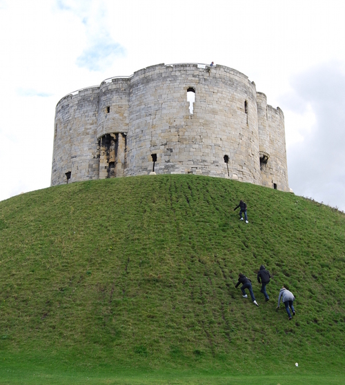 Clifford's Tower, York Castle (click for bigger version)
