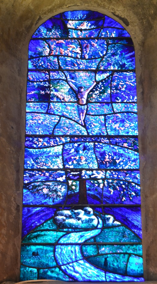 The Tree of Life, a stainded glass window by Roger Wagner, installed in 2012.