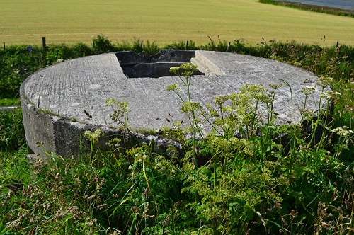 Circular pillbox set atop an old Pictish fort overlooking the Bay of Firth near Finstwon, Orkney, Scotland. Photo by Sean McLachlan.
