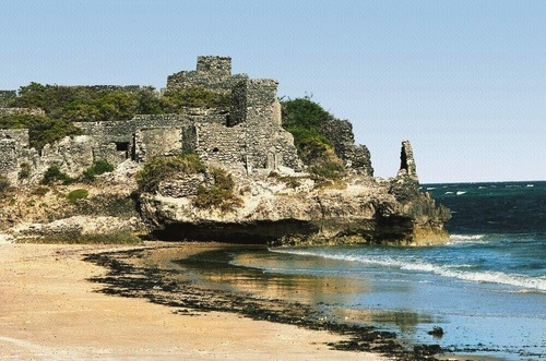 The citadel of Gondershe, an important trading center of the Ajuran Sultanate a few kilometers southwest of Mogadishu.