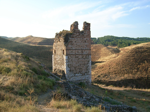 Moorish tower of the old citadel just outside of town. Photo courtesy Xerq via Wikimedia Commons.