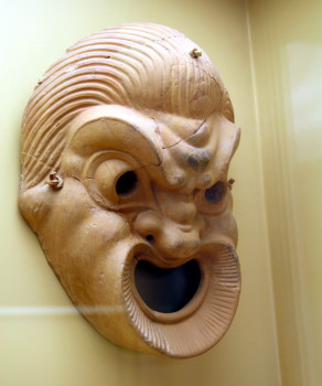3304_-_Athens_-_Stoà_of_Attalus_Museum_-_Theatre_mask_-_Photo_by_Giovanni_Dall'Orto,_Nov_9_2009