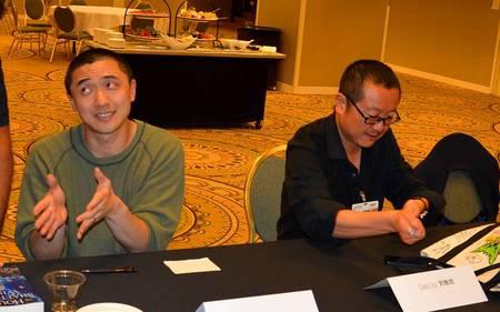 Ken Liu and Cixin Liu at the Nebula Awards weekend, 2015 (photo by Keith Stokes)