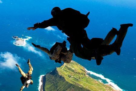 Asimov and Heinlein jump late during SEAL training