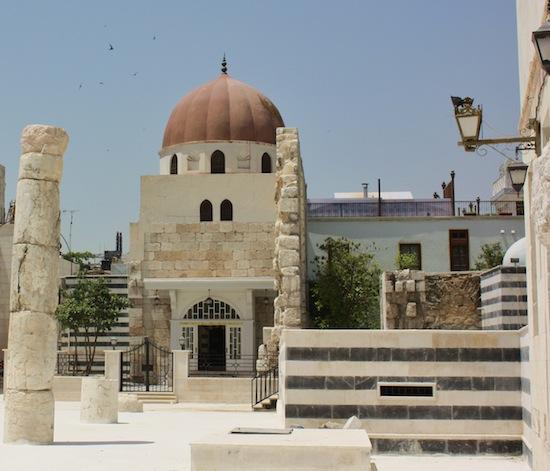 Saladin_mouselum_tomb_Damascus
