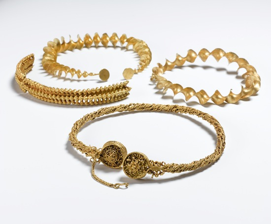 The Blair Drummond torcs. Blair Drummond, Stirling 300-100 BC. Gold; D of loop-terminal torc 15 cm. © National Museums Scotland, Edinburgh