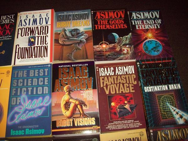 Isaac Asimov paperbacks 2-small