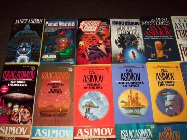 Isaac Asimov paperbacks-small