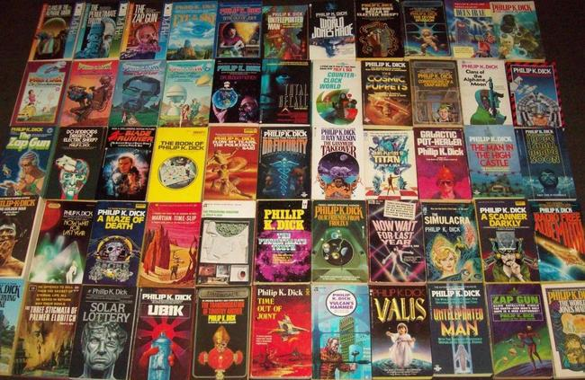 Philip K Dick paperback collection-medium