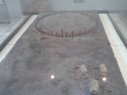 A reconstruction of Mzoura in the Archaeological Museum in Tetouan. Sorry for the cloudy shot, that display case hasn't been cleaned since the Stone Age.