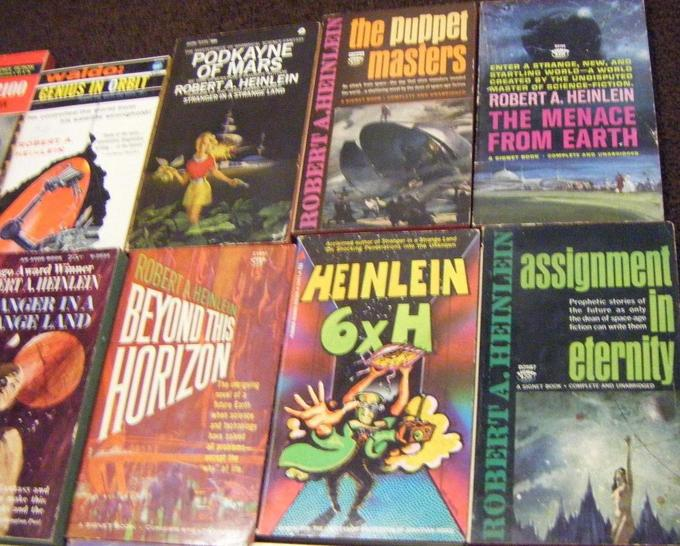 Robert A. Heinlein paperback collection 4-small