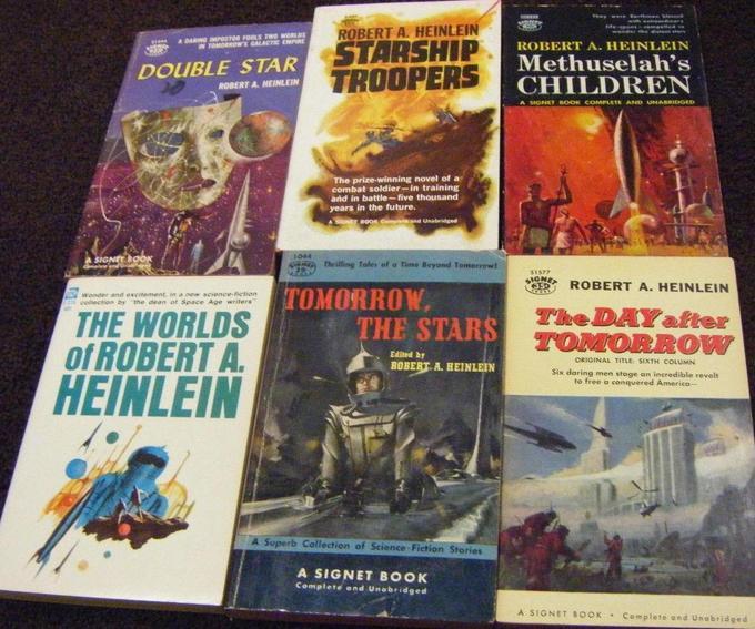 Robert A. Heinlein paperback collection 5-small