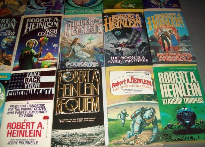 Robert A. Heinlein paperbacks 2-small