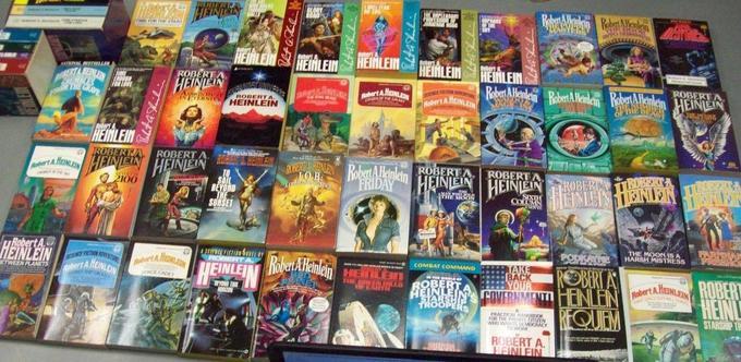 Robert A. Heinlein paperbacks-small