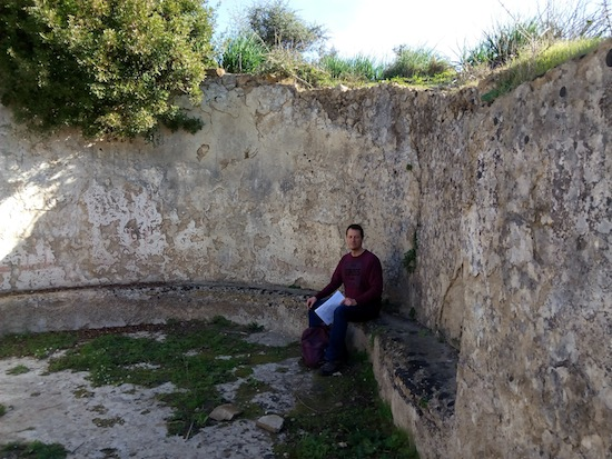 Lunging at the Lixus thermae. Anyone got a towel? Photo courtesy Almudena Alonso-Herrero.