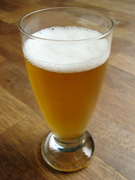 576px-Belgian_beer_glass