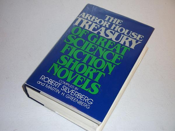 The Arbor House Treasury of Great Science Fiction Short Novels-small