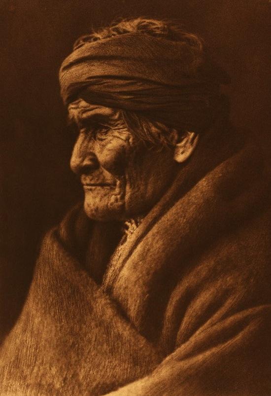 Edward_S._Curtis_Geronimo_Apache_cp01002v