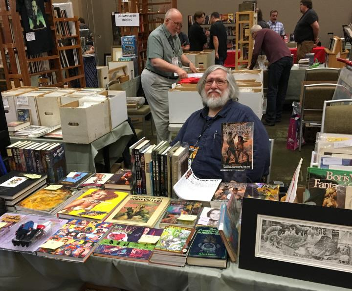 Smiling Bob Garcia at Windy City Pulp 2016-small