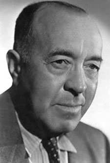 10 Aug 1939 --- The author of the famous Tarzan stories, Edgar Rice Burroughs (1875-1950), whose first of 25 stories of the young Englishman raised in the wilds of the jungle appeared in 1914. --- Image by © Bettmann/CORBIS