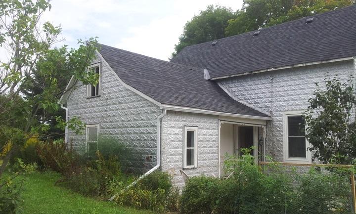 Black Gate tin house Julie Czerneda-small