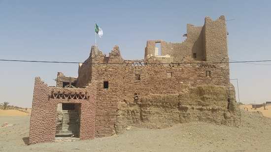 The undermanned French garrisons often converted existing buildings into forts. Ksar Aghlid may have been one of the two buildings that played a part in the siege of Timimoune, although I can't be for sure unless Black Gate sends me to southern Algeria. (hint hint)