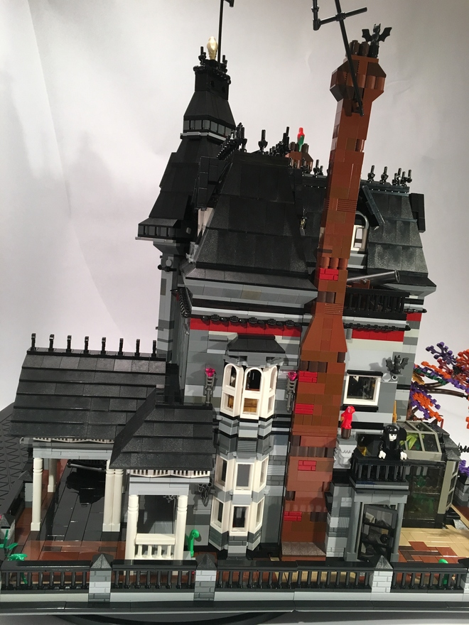 Lego Addams Family 3