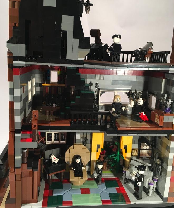 Lego Addams Family 5