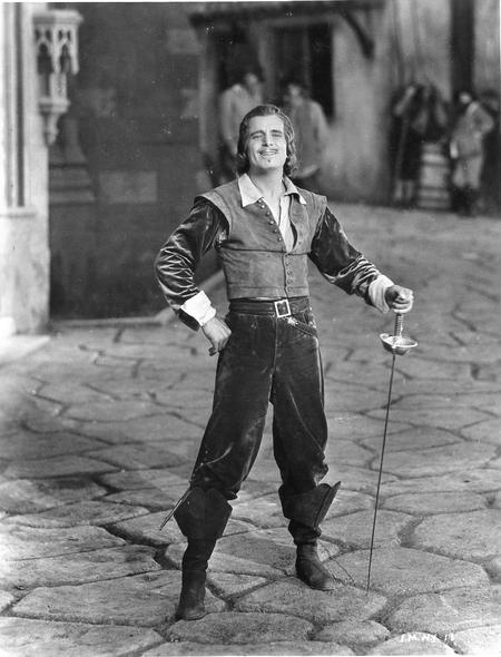 The-Iron-Mask Douglas Fairbanks 4-small