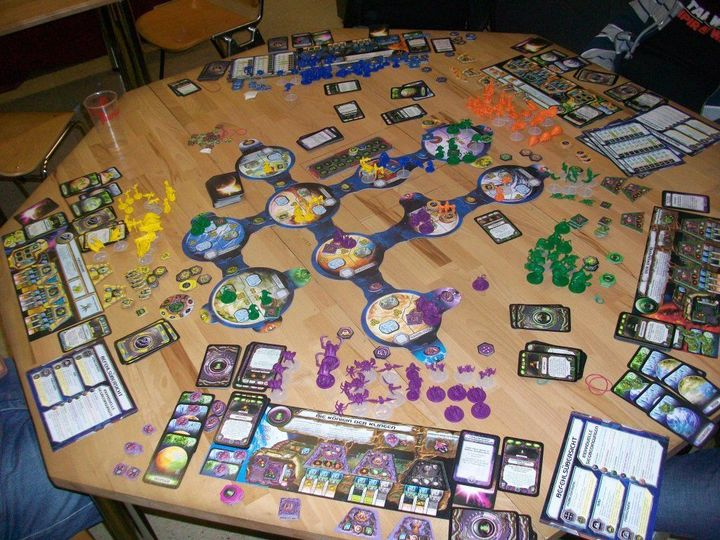 Starcraft the Board Game components-small