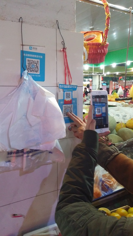 Derek Visits Hangzhou 11-small