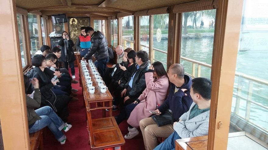 Derek Visits Hangzhou 5-small