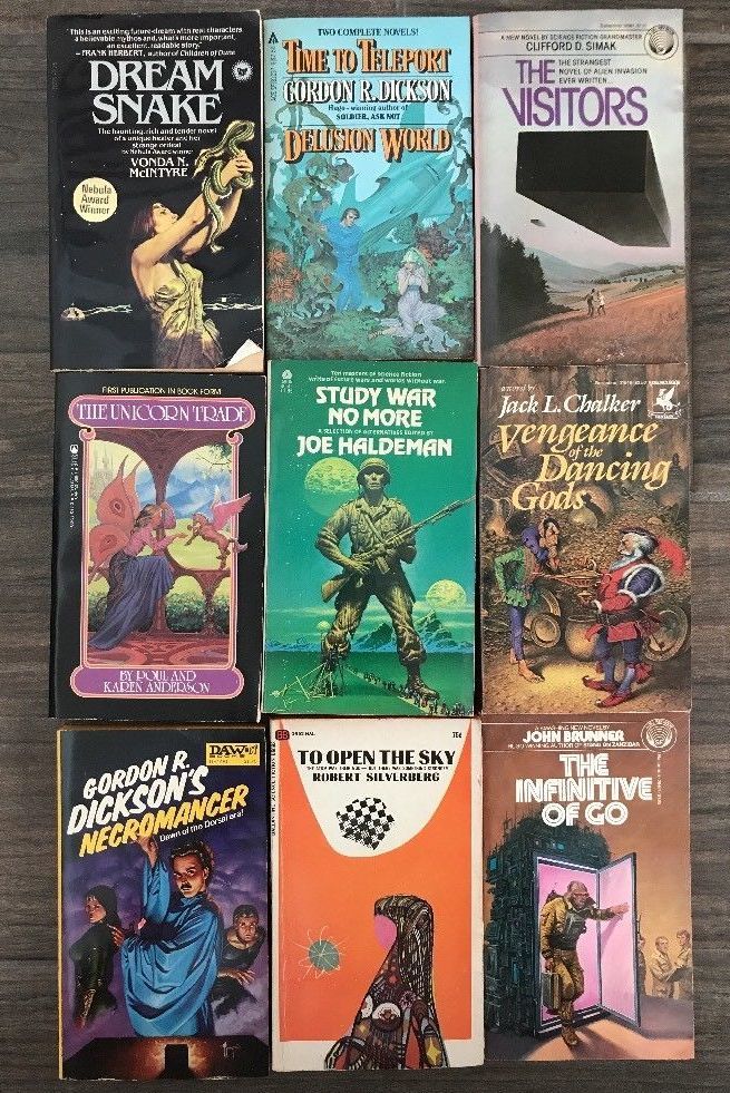 Vintage lot of 1970s science fiction paperbacks-small