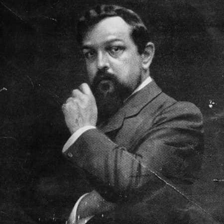 Claude Debussy-small