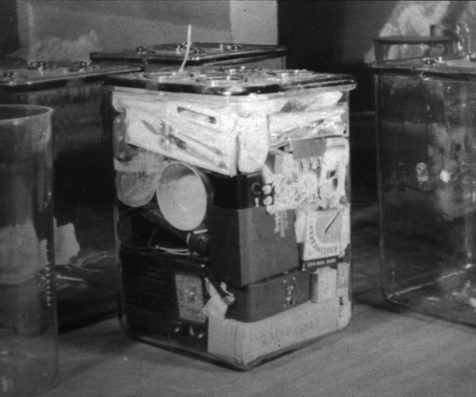 Oglethorpe-Crypt-contents-cube