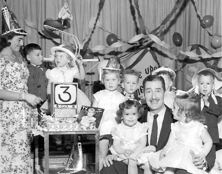 Alan Scott kids birthday party 1956