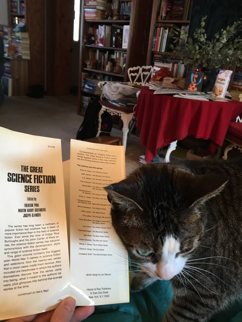 Cats read science fiction