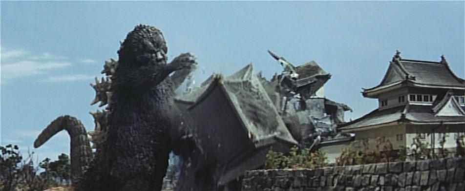 Godzilla-wrecking-Nagoya-Castle
